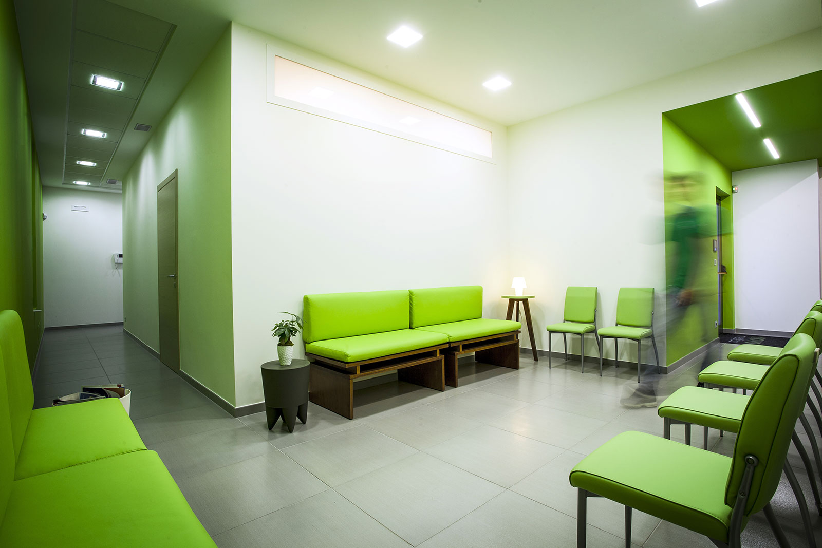 Super Sala d'attesa | Novamedica Studio Medico e Odontoiatrico VE98